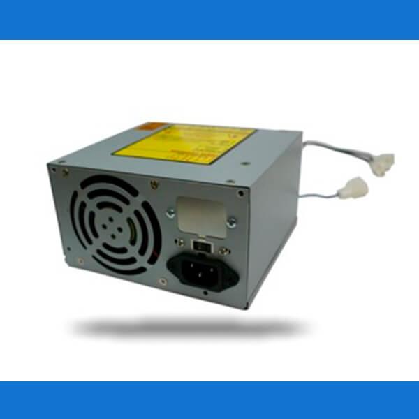 A PHB se converte em líder de fabricação de fontes de microcomputadores no Brasil.